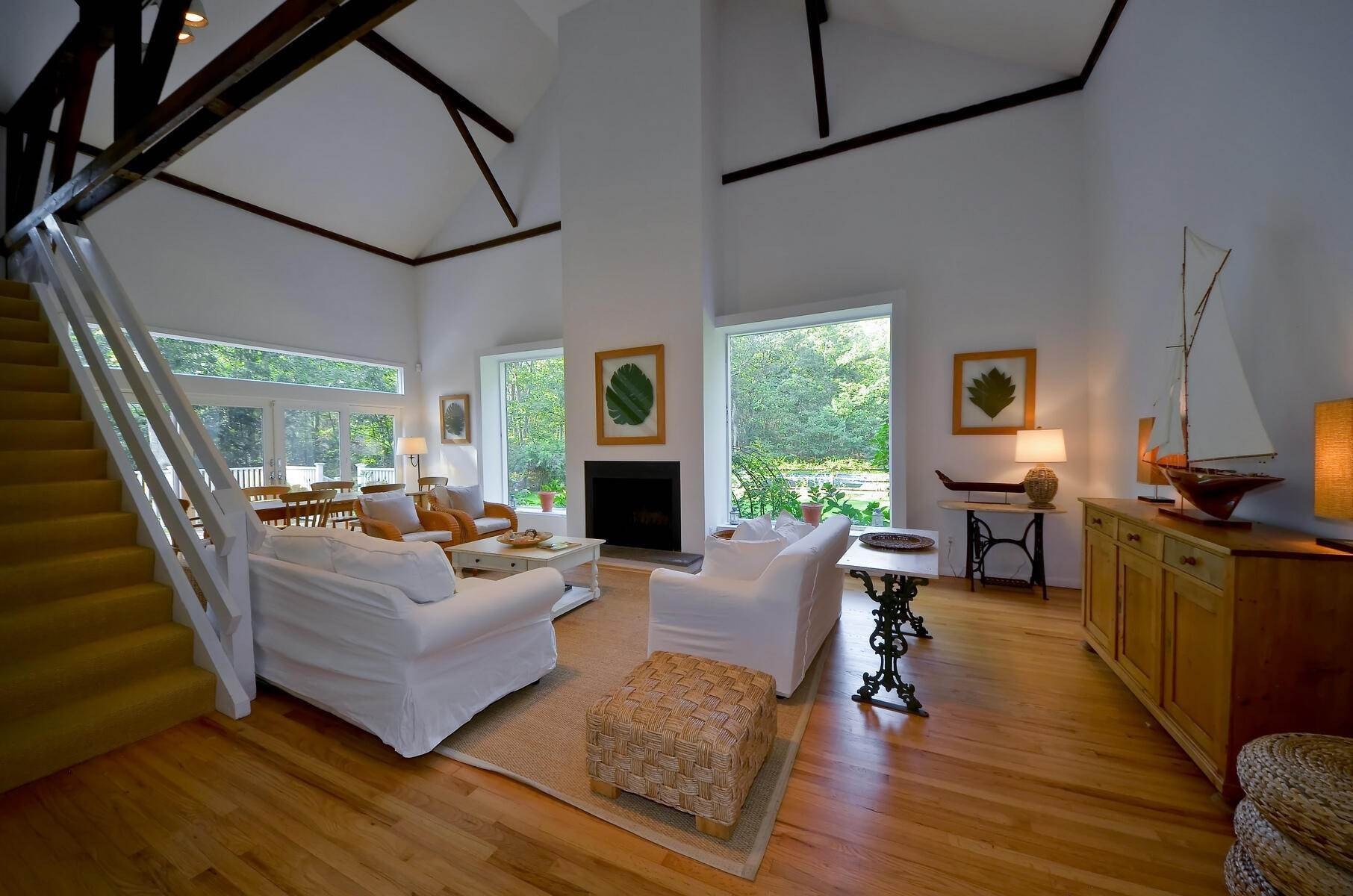 4. Single Family Home at Stylish Farmhouse In Water Mill Water Mill, NY 11976