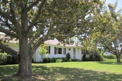 Single Family Home at South Of The Highway Rental Southampton, NY 11968