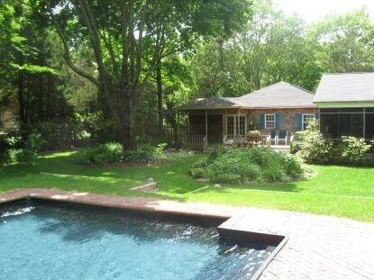 2. Single Family Home at Southampton Beautifully Restored Ranch Southampton, NY 11968