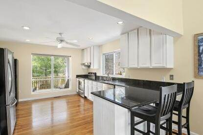 4. Single Family Home at Spacious Rental In The Northwest East Hampton, NY 11937