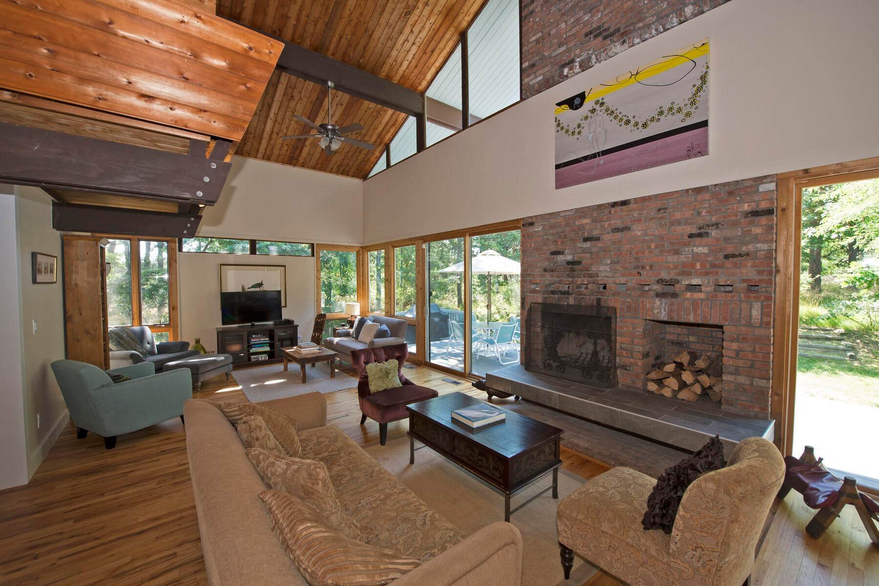 12. Single Family Home at One Of A Kind Wooded Retreat Water Mill, NY 11976