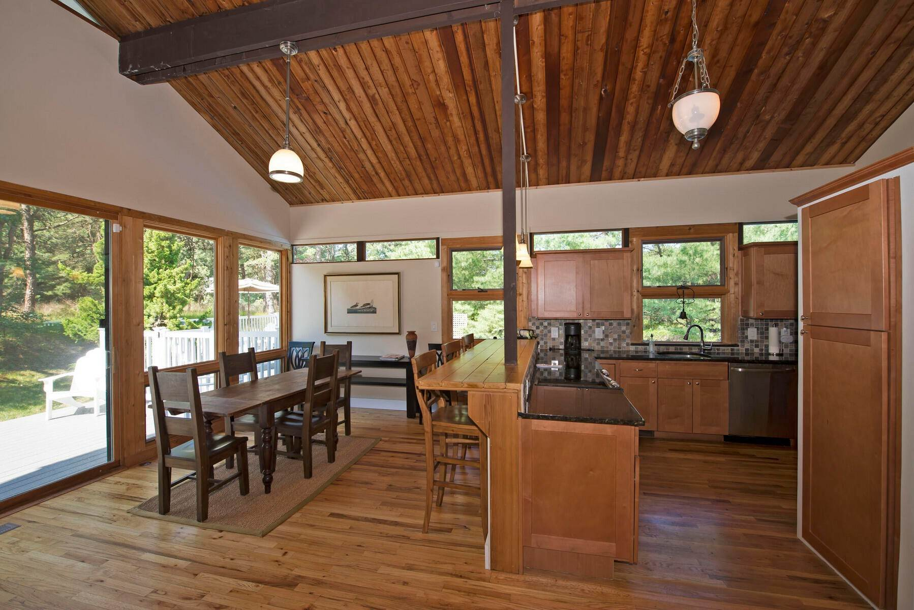 14. Single Family Home at One Of A Kind Wooded Retreat Water Mill, NY 11976