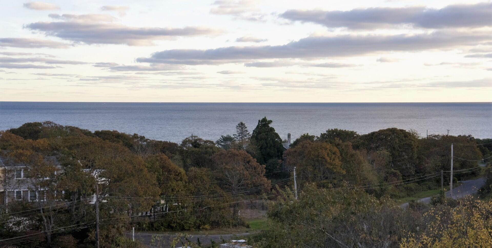 12. Single Family Home at Modern Montauk - Classic Ocean Views Montauk, NY 11954