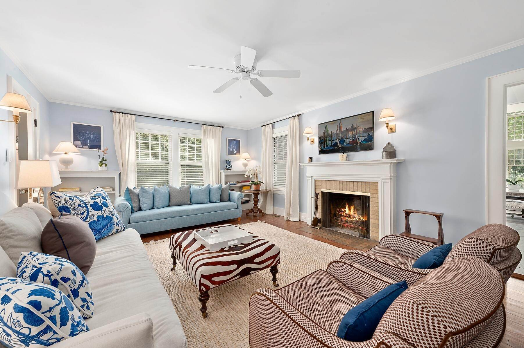4. Single Family Home at Stunning In East Hampton Village South East Hampton, NY 11937