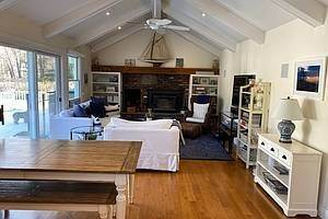 4. Single Family Home at Augies Path Awesome East Hampton, NY 11937