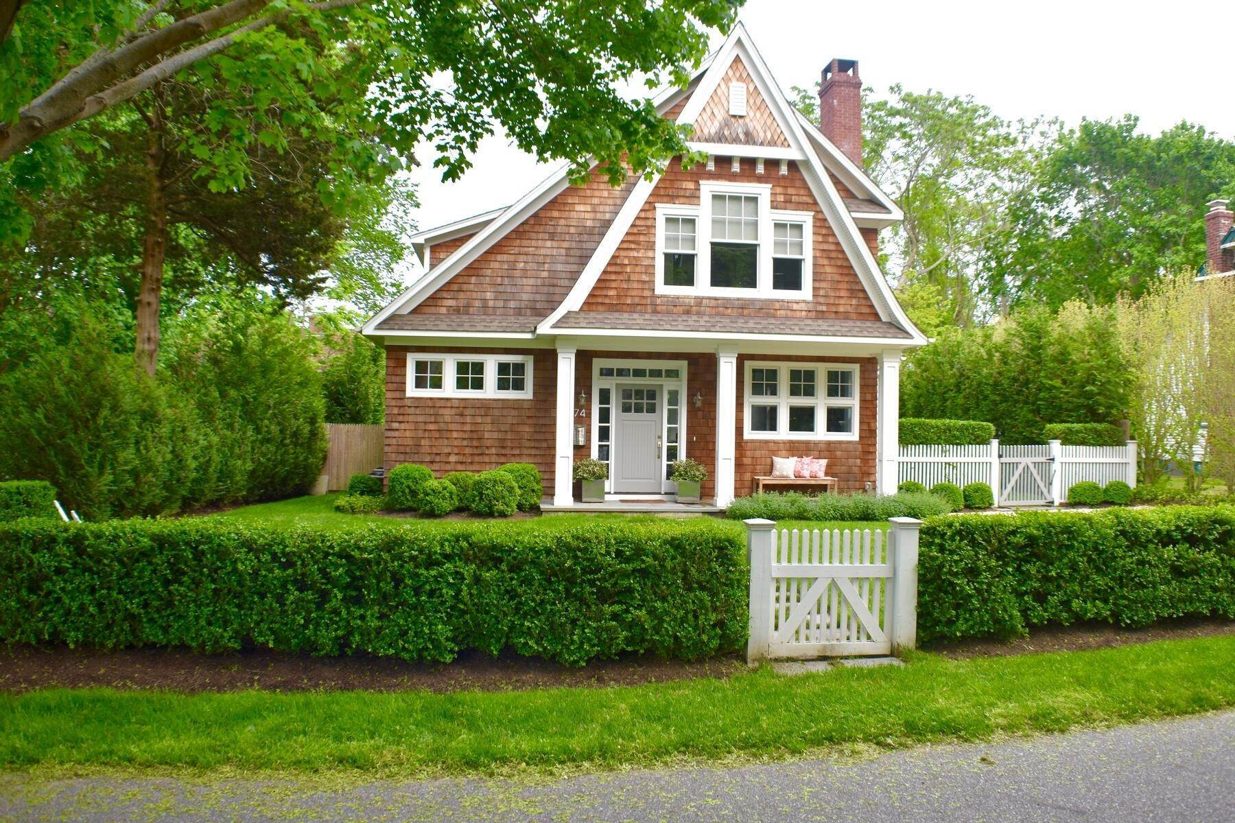 Single Family Home at East Hampton Village East Hampton, NY 11937