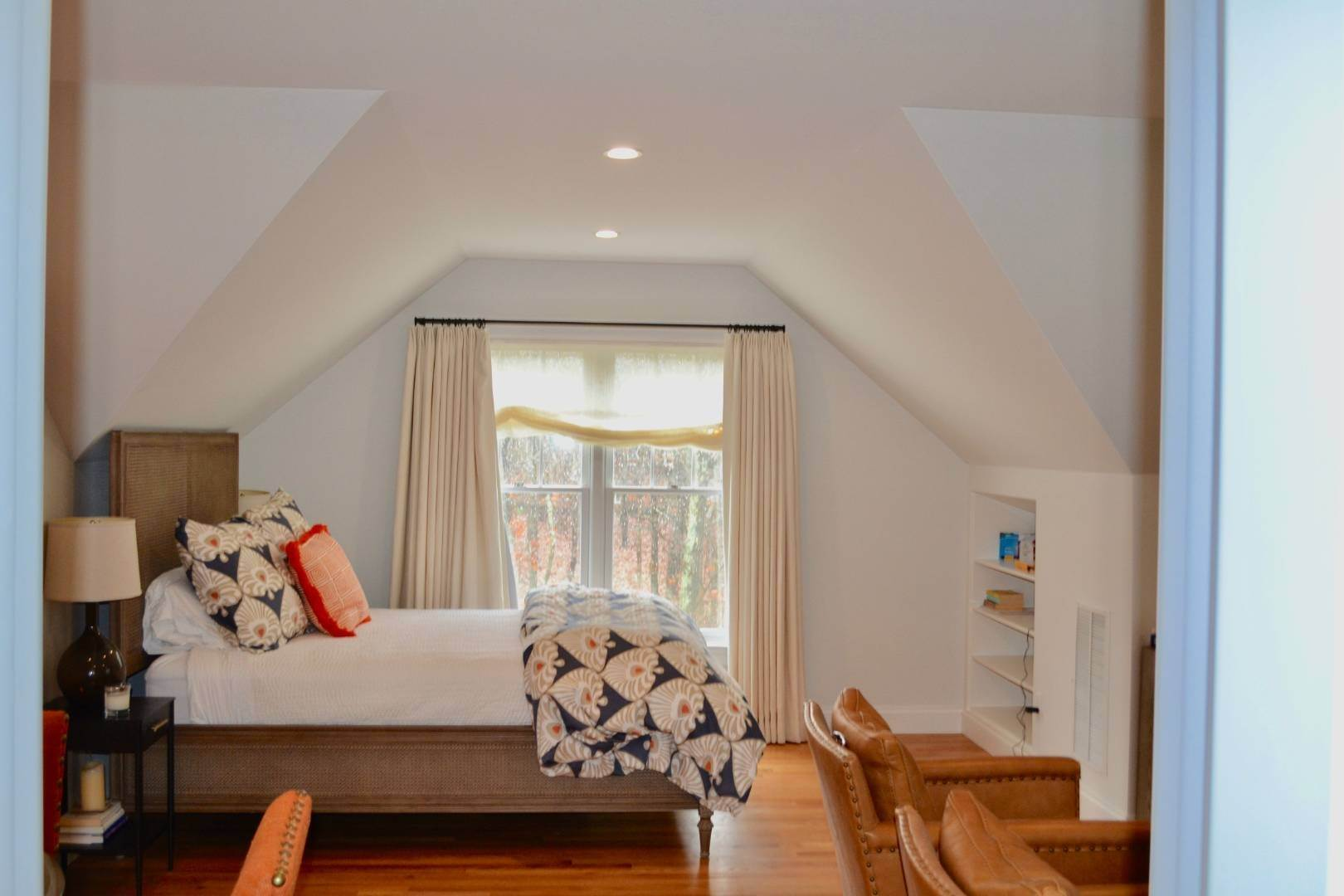 24. Single Family Home at Simply Perfect East Hampton, NY 11937