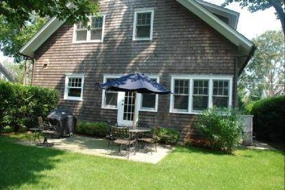 10. Single Family Home at Pristine In East Hampton Village East Hampton, NY 11937