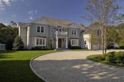 Single Family Home at Spectacular New Traditional East Hampton, NY 11937