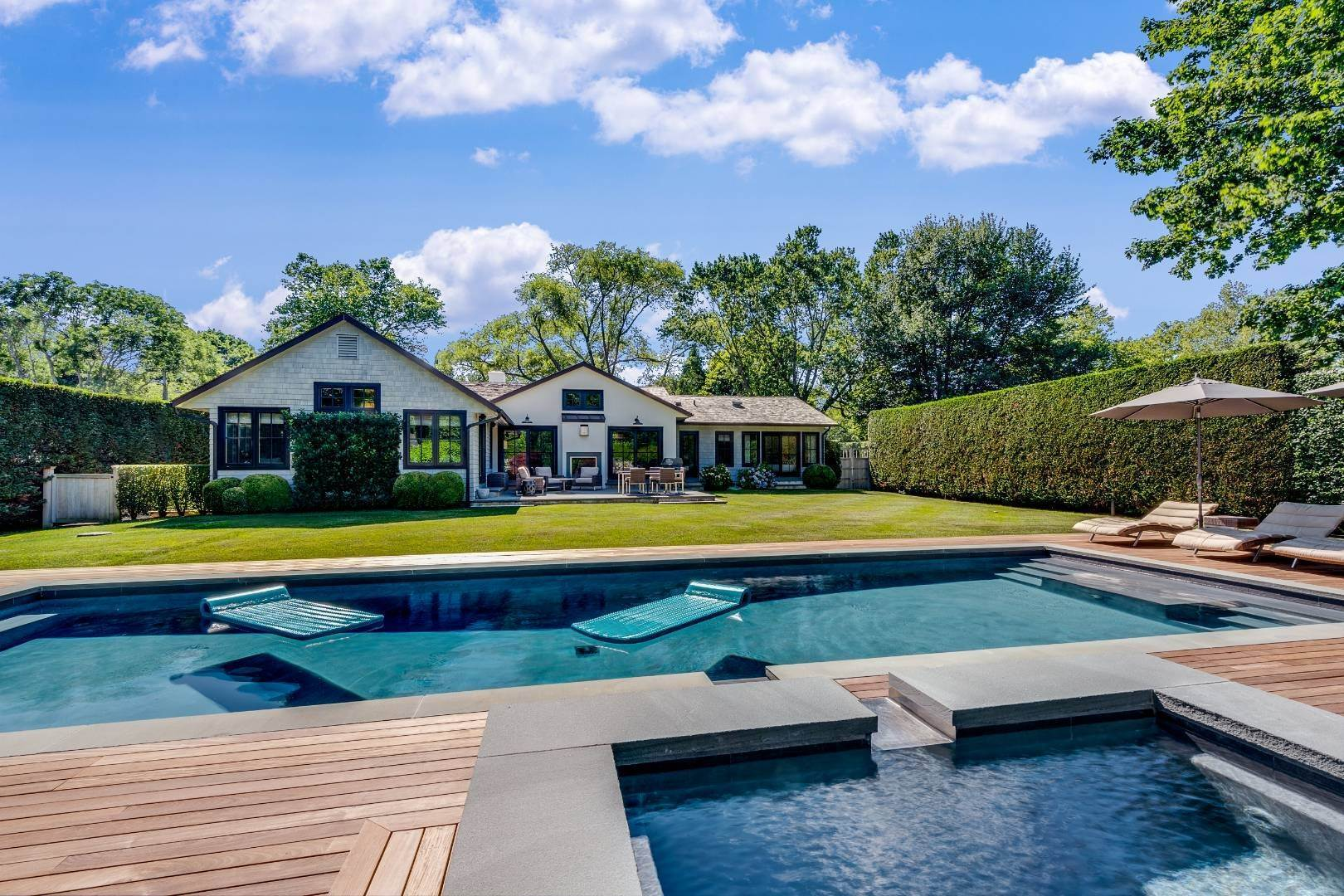 Single Family Home for Sale at Quality Is In The Details 12 Cedar Court, East Hampton, NY 11937