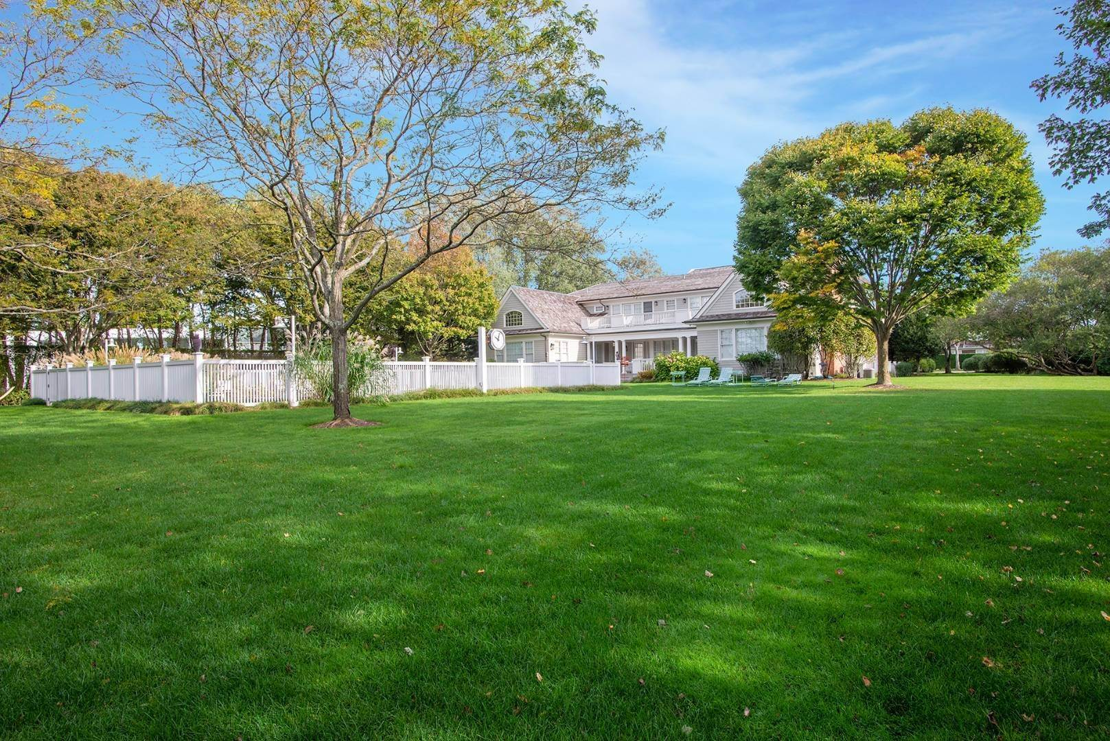 22. Single Family Home at Sagaponack Sagaponack Village, NY 11962