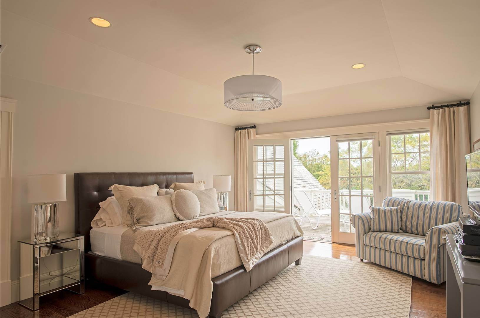 12. Single Family Home at Sagaponack Sagaponack Village, NY 11962