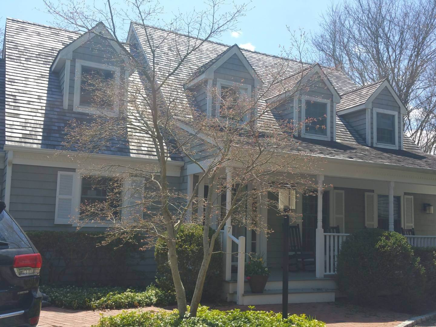 2. townhouses at East Hampton South Of The Highway East Hampton, NY 11937