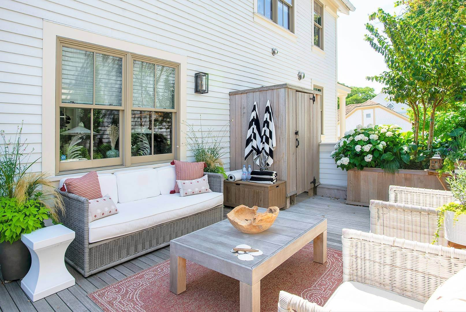 6. Condominiums at Watchcase Townhouse - Fall/Winter Rental 2 Sage Street, Sag Harbor, NY 11963