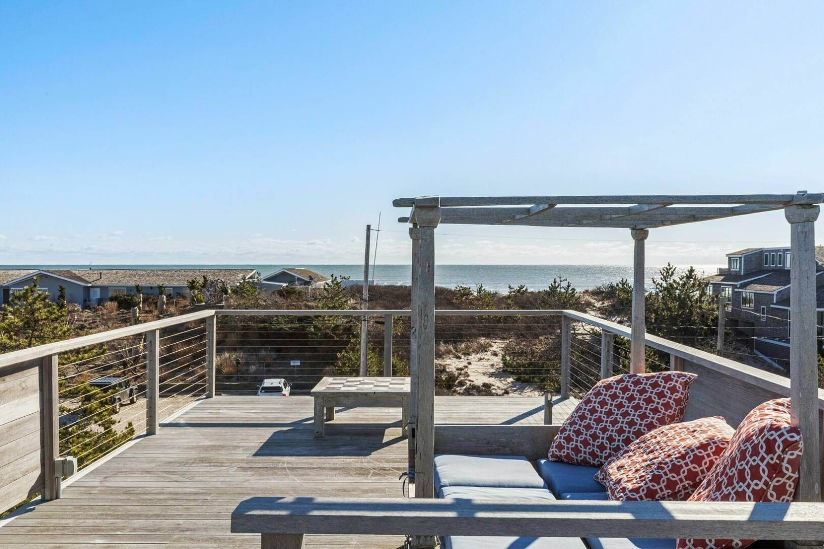 2. Single Family Home at Amagansett Napeague, NY 11930