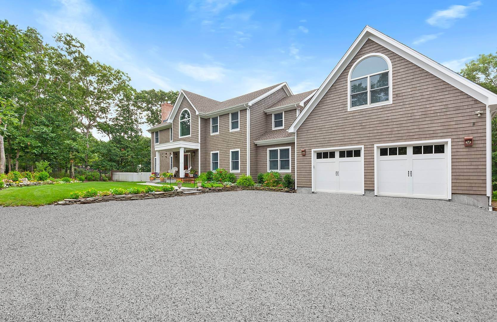 Single Family Home for Sale at Luxury And Privacy In Southampton 12 Deer Trail Rd, Southampton, NY 11968