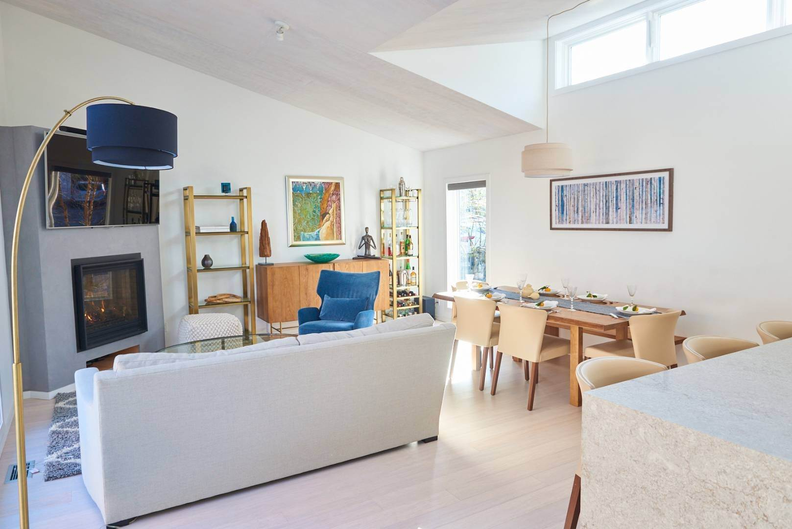 11. Single Family Home at Pine Neck Modern Comfort 30 Birch Street, Sag Harbor, NY 11963