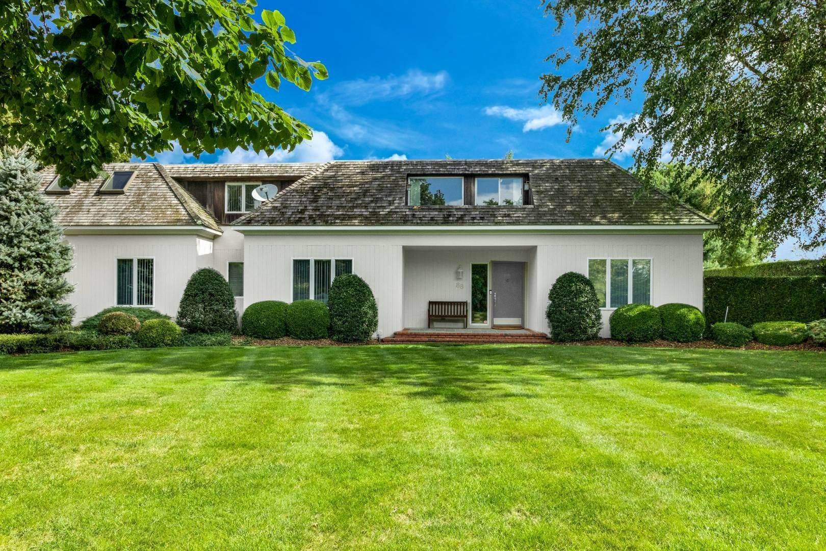 2. Single Family Home at French Country Modern Perfection 88 Potato Field Lane, Southampton, NY 11968
