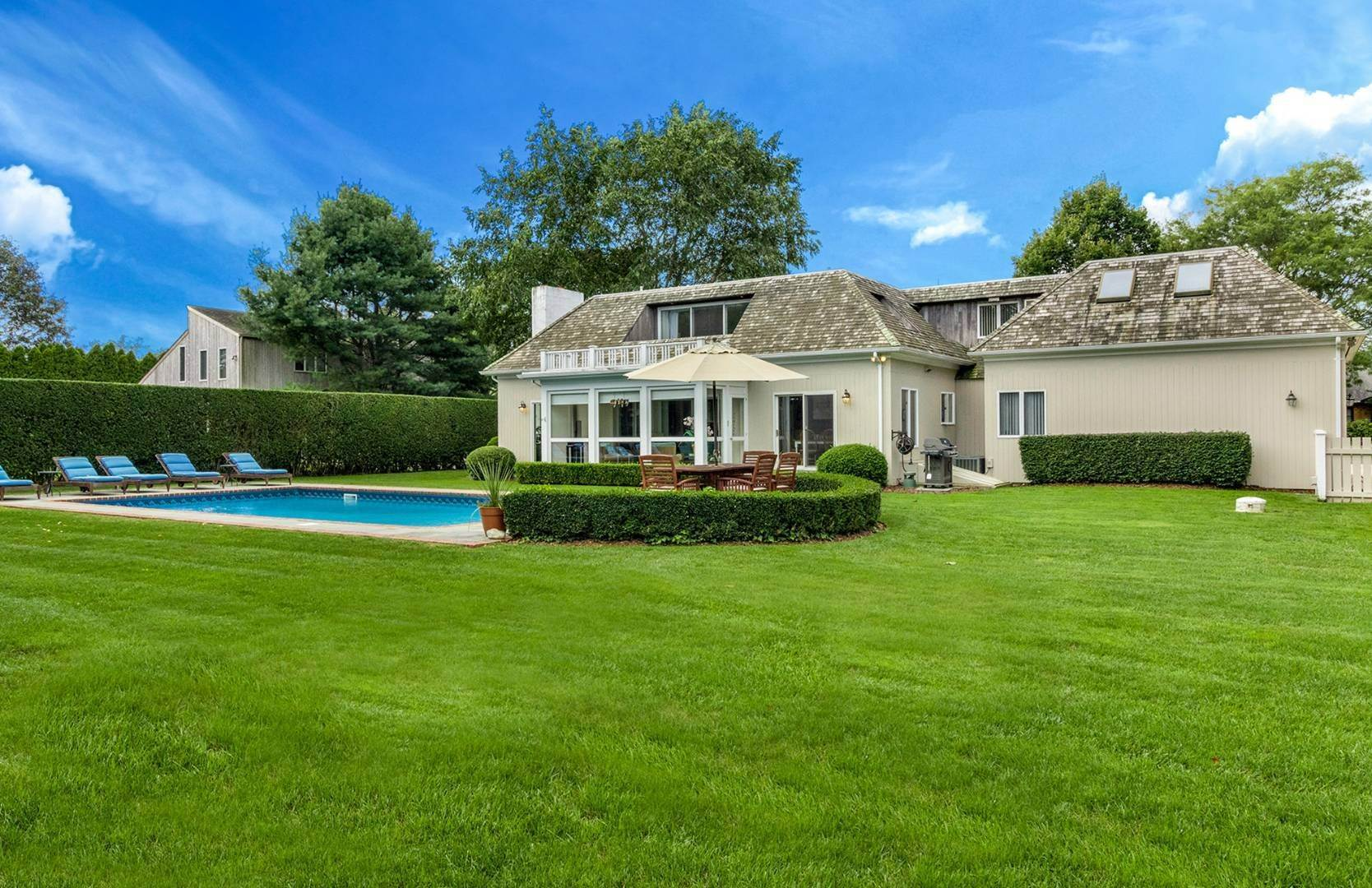 4. Single Family Home at French Country Modern Perfection 88 Potato Field Lane, Southampton, NY 11968