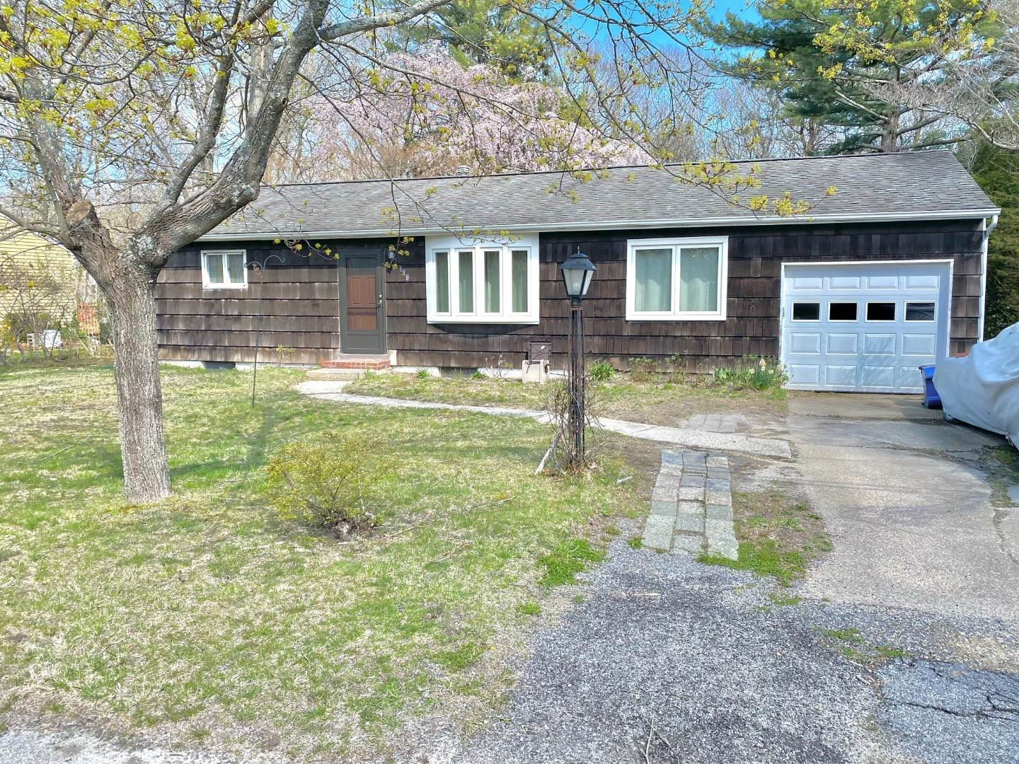 Single Family Home for Sale at Amazing Opportunity In East Quogue 139 Spinney Road, East Quogue, NY 11942