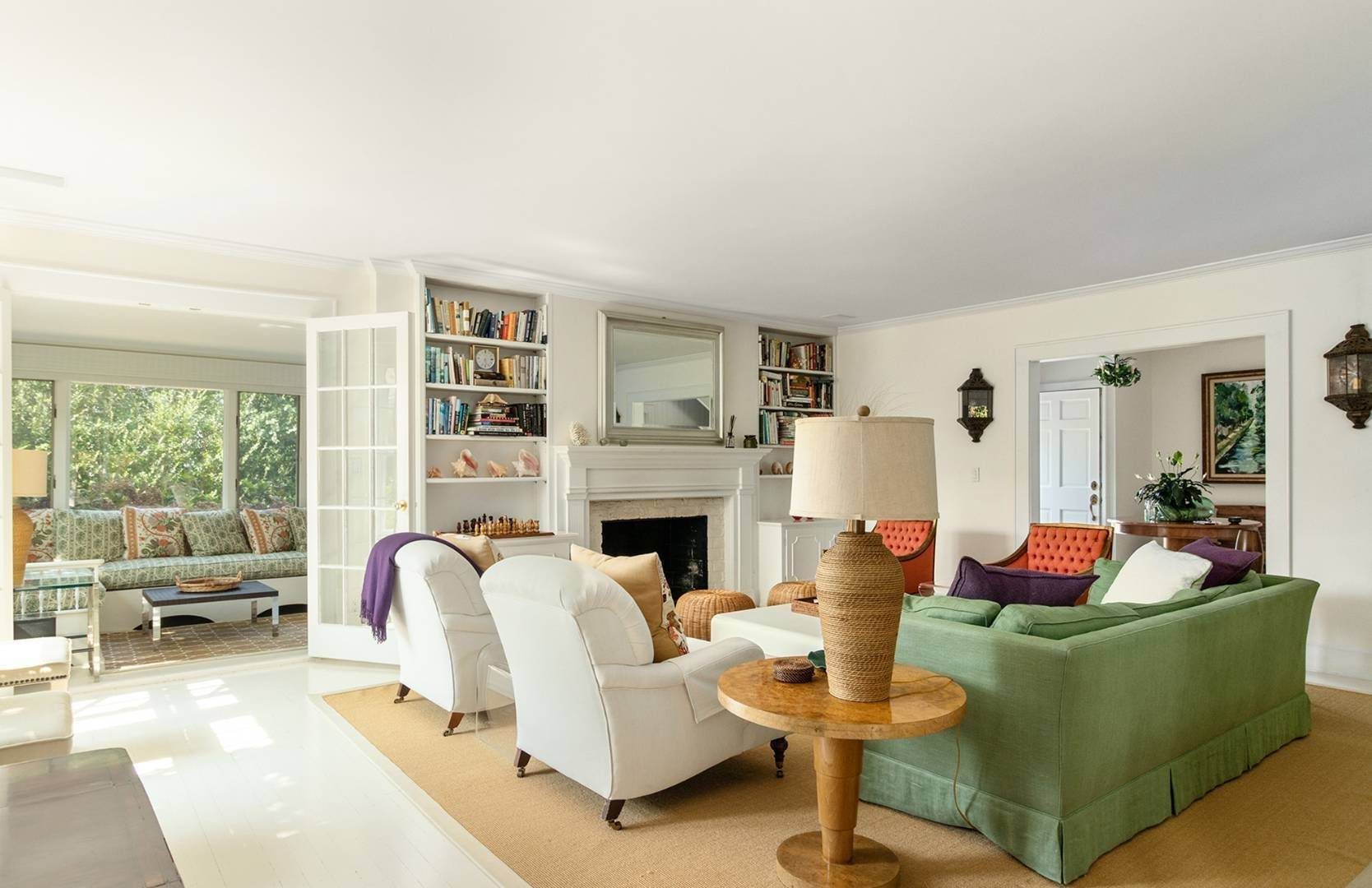 10. Single Family Home at Beautifully Renovated In The Village Southampton, NY 11968