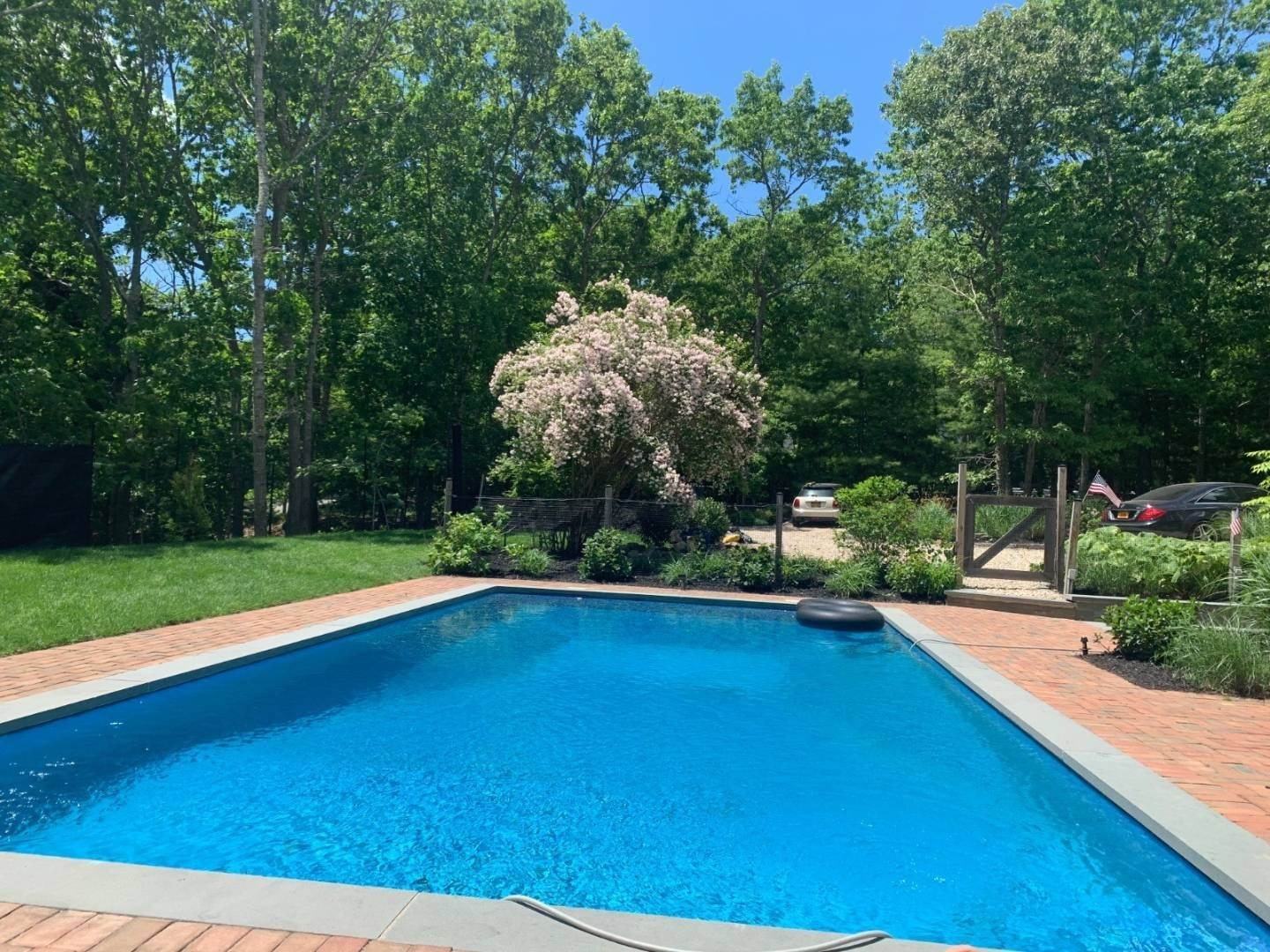 13. Single Family Home at Private Retreat In Water Mill 12 Bob White Drive, Water Mill, NY 11976