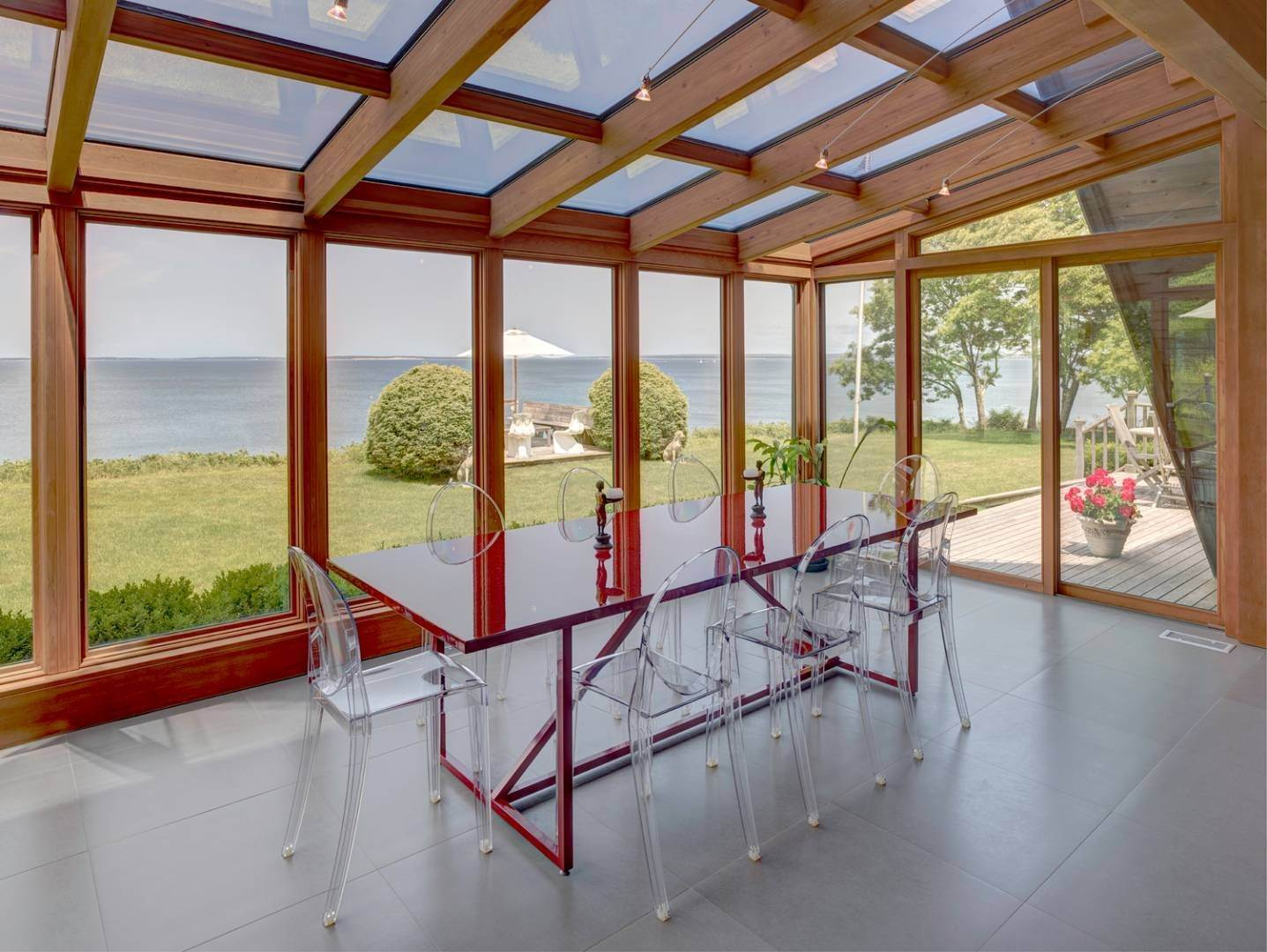 3. Single Family Home at Waterfront Home Overlooking Peconic Bay Hampton Bays, NY 11946