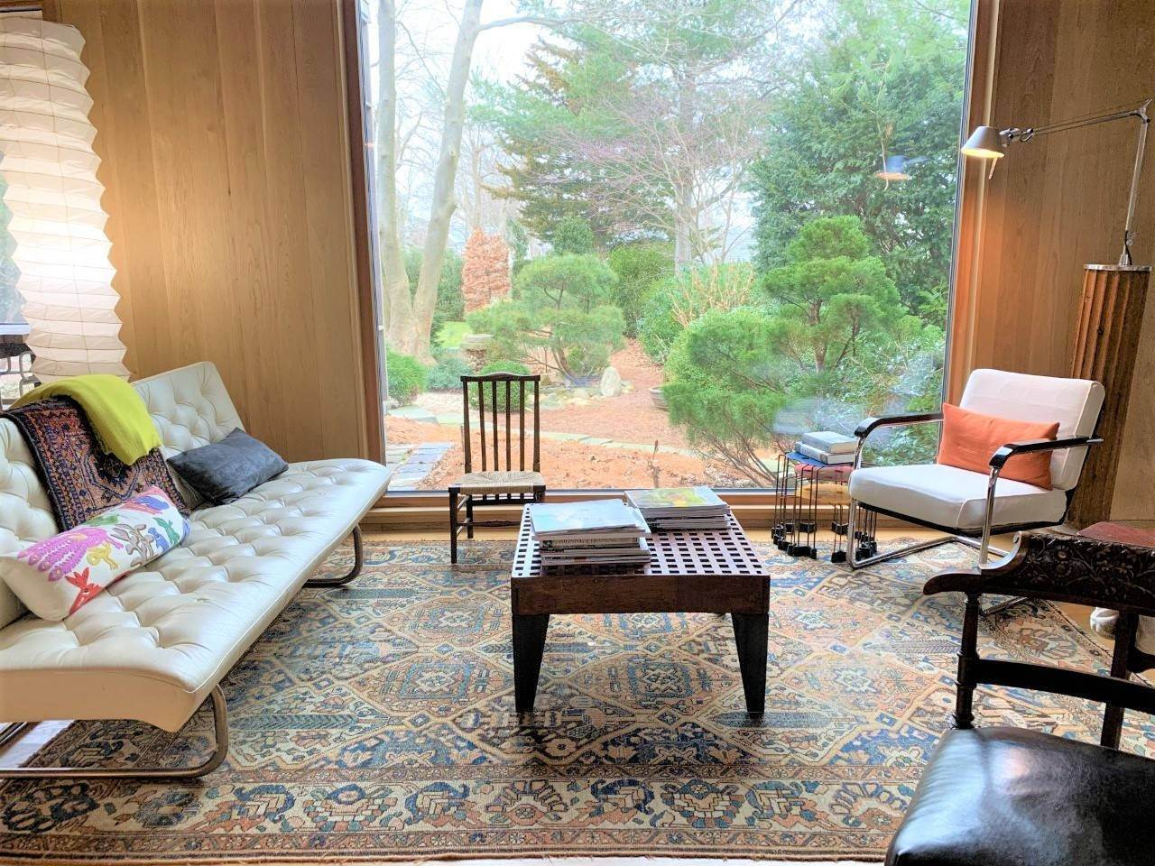 23. Single Family Home at Fun Carefree Village Renovated Modern Interior And Heated Pool Sag Harbor, NY 11963