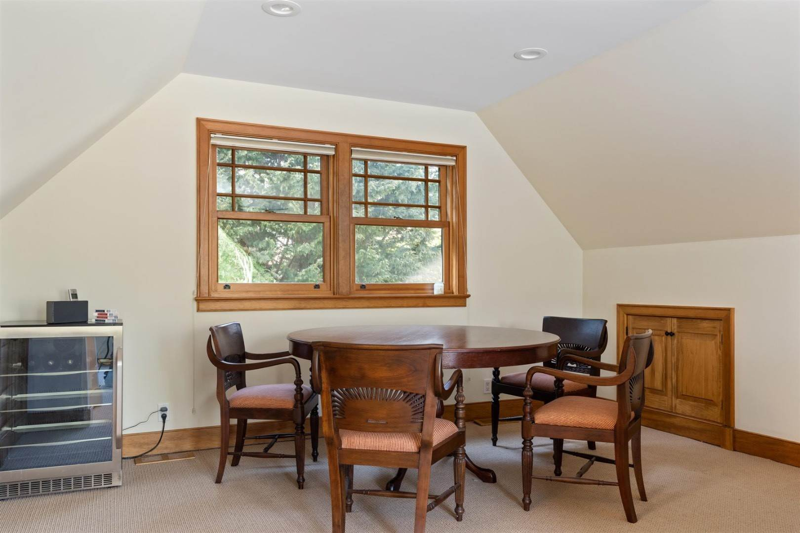 8. Single Family Home at Perfect Summer Rental In Springs 11 Front Street, East Hampton, NY 11937