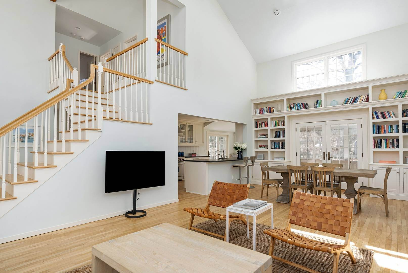 4. Single Family Home at Amagansett Summer Rental On 3.7 Secluded Acres 562 Accabonac Road, Amagansett, NY 11937