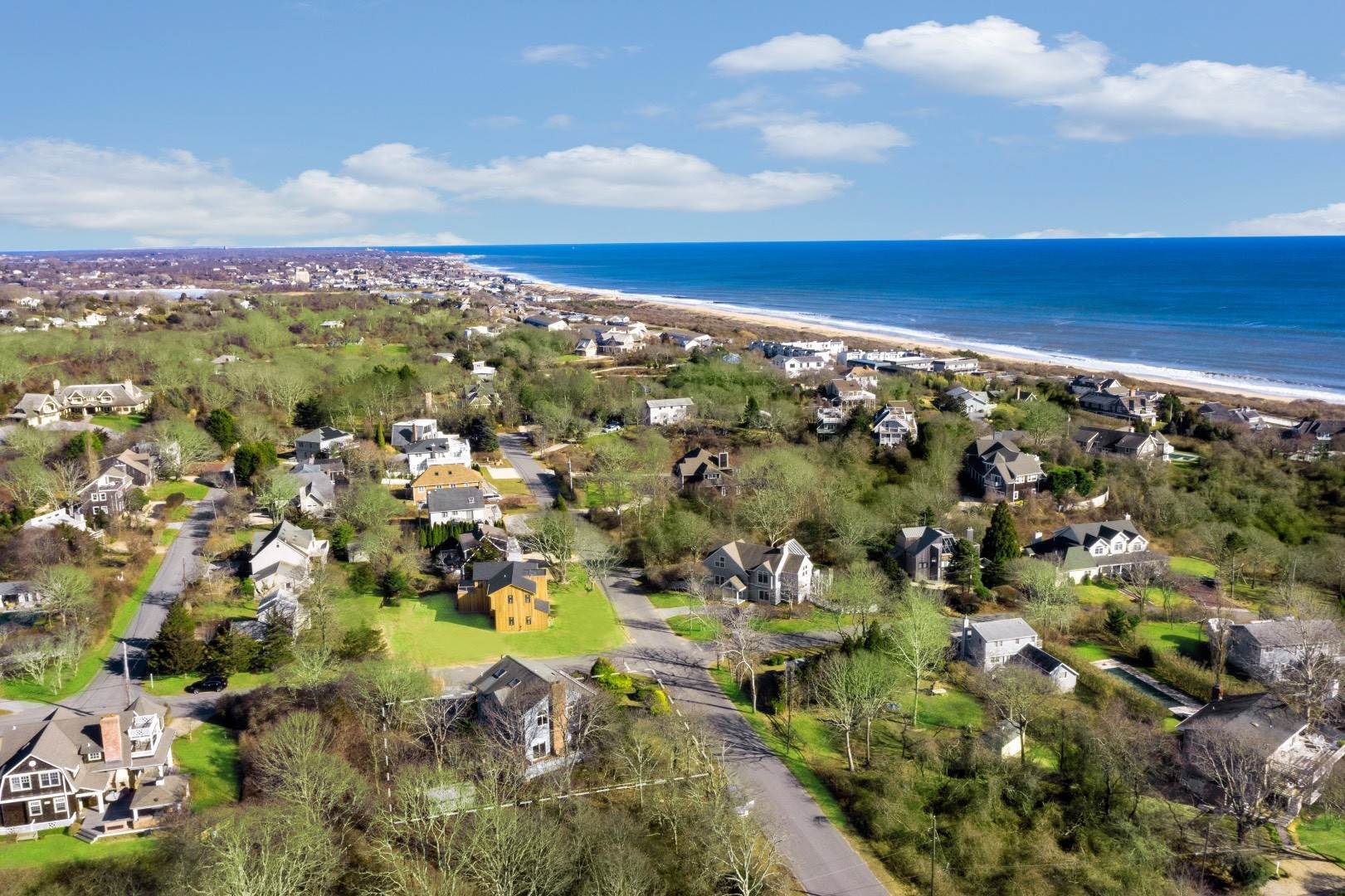 3. Single Family Home for Sale at Hither Hills Beach House 133 Monroe Drive, Montauk, NY 11954