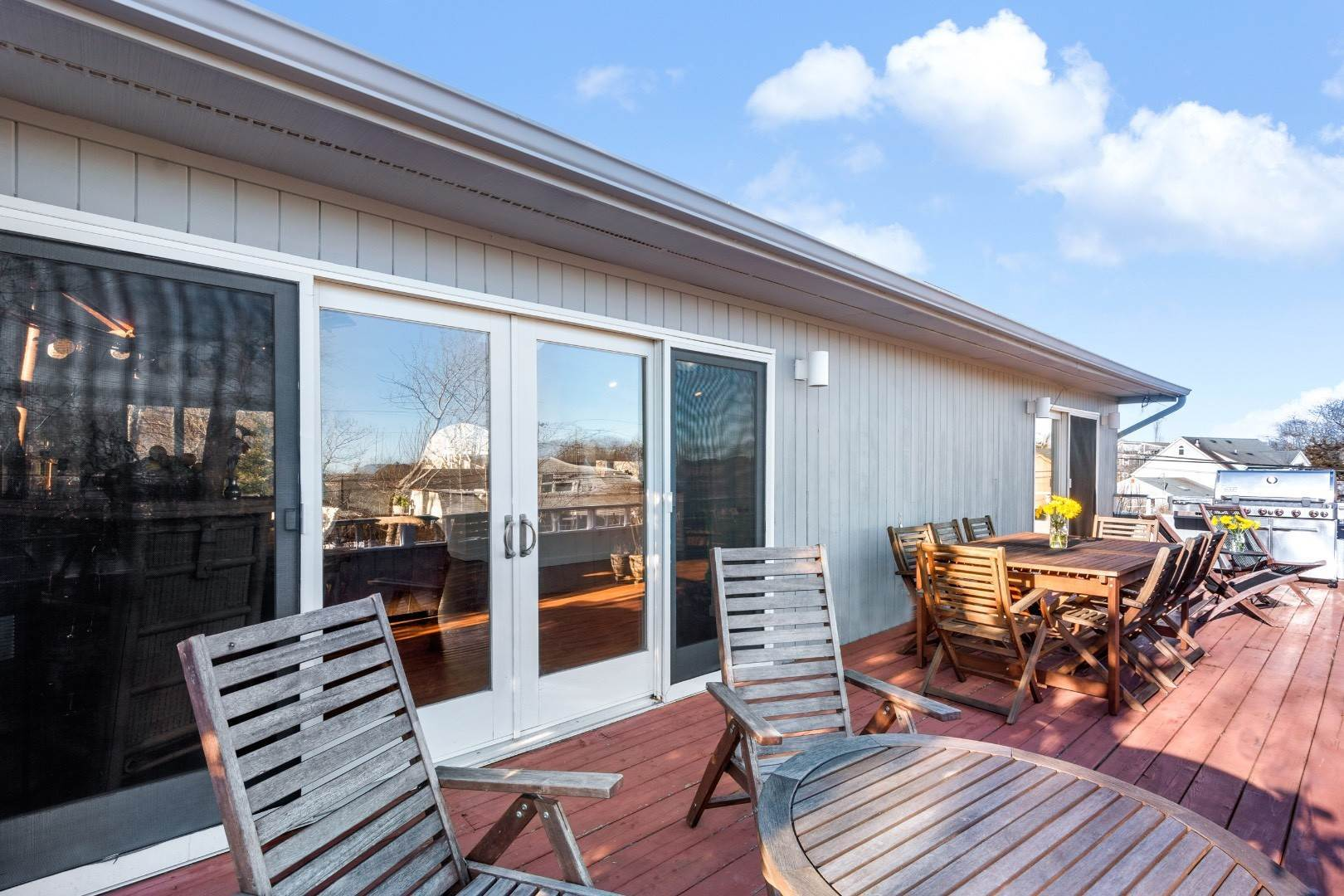 9. Single Family Home for Sale at Hither Hills Beach House 133 Monroe Drive, Montauk, NY 11954