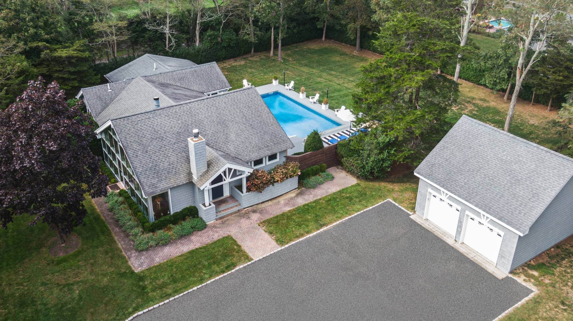 16. Single Family Home at Westhampton 4 Bedroom Modern With Pool Westhampton, NY 11977
