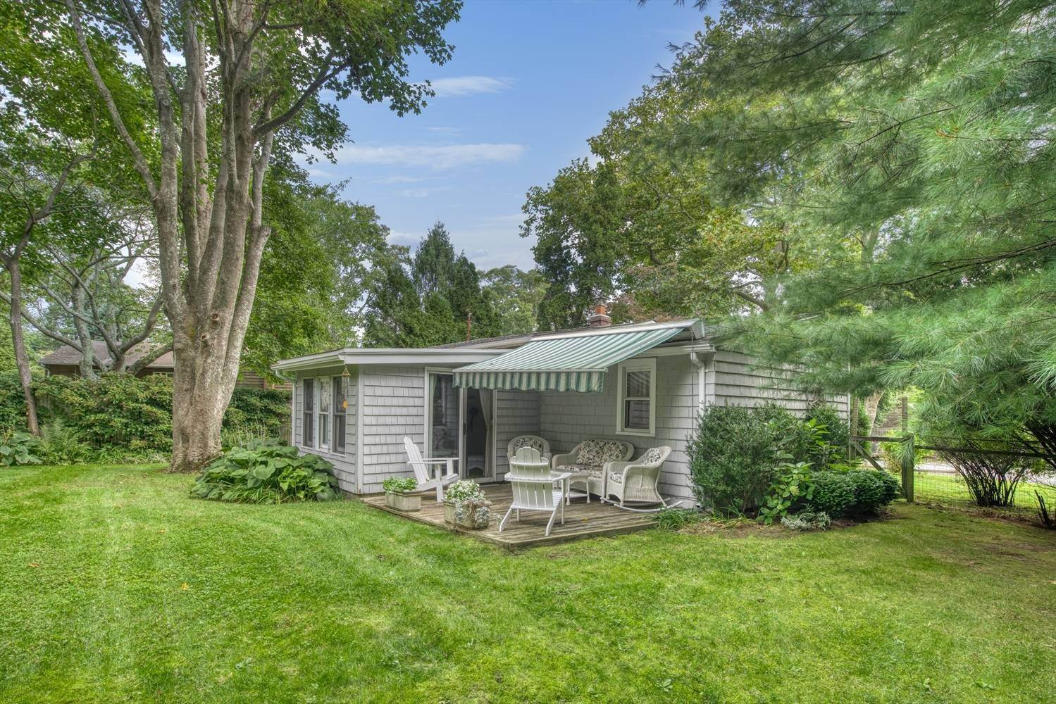 Single Family Home for Sale at Wouldn'T It Be Great To Own A Small Cottage At The Village Edge? 87 Miller Lane E, East Hampton, NY 11937
