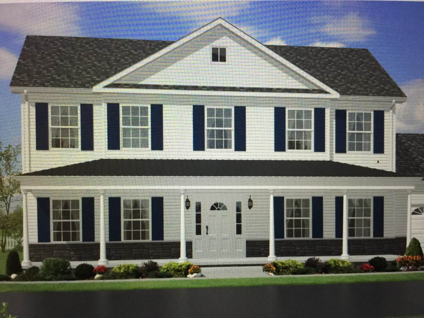 Single Family Home for Sale at Southampton, NY 11968