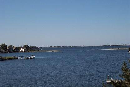 1. Single Family Home at Water Front, Dock, Stunning Views, Five Minutes To Sh. Village Southampton, NY 11968