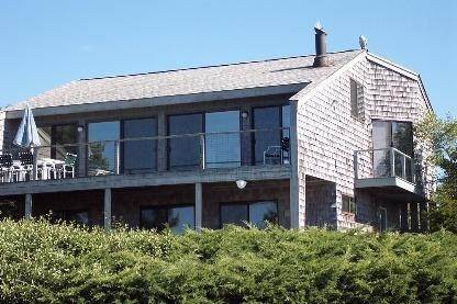 2. Single Family Home at Water Front, Dock, Stunning Views, Five Minutes To Sh. Village Southampton, NY 11968