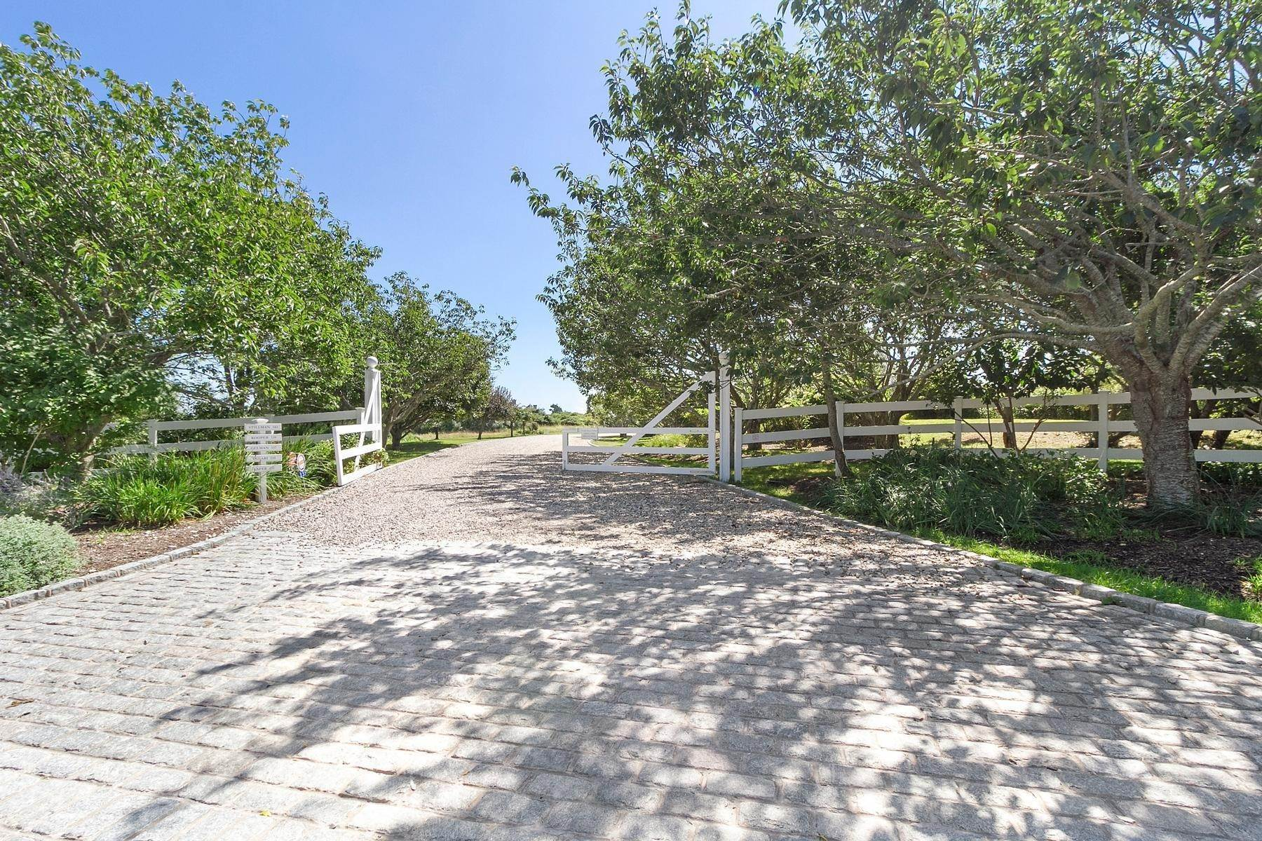 4. Single Family Home at Sagaponack Coveted Oceanfront Sagaponack Village, NY 11962