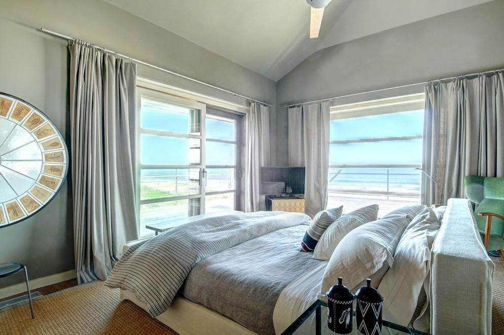 10. Single Family Home at Sagaponack Coveted Oceanfront Sagaponack Village, NY 11962