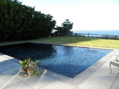 4. Single Family Home at Shelter Island Waterfront With Pool Shelter Island Heights, NY 11964