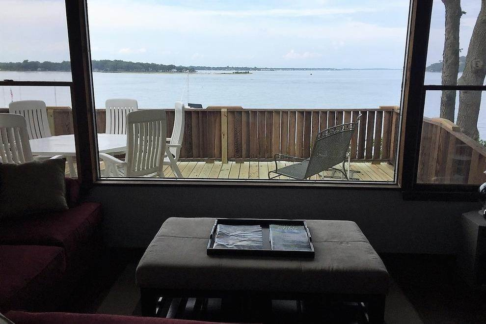 4. Single Family Home at 180 Degree View Of Beautiful Crescent Beach Shelter Island Heights, NY 11964