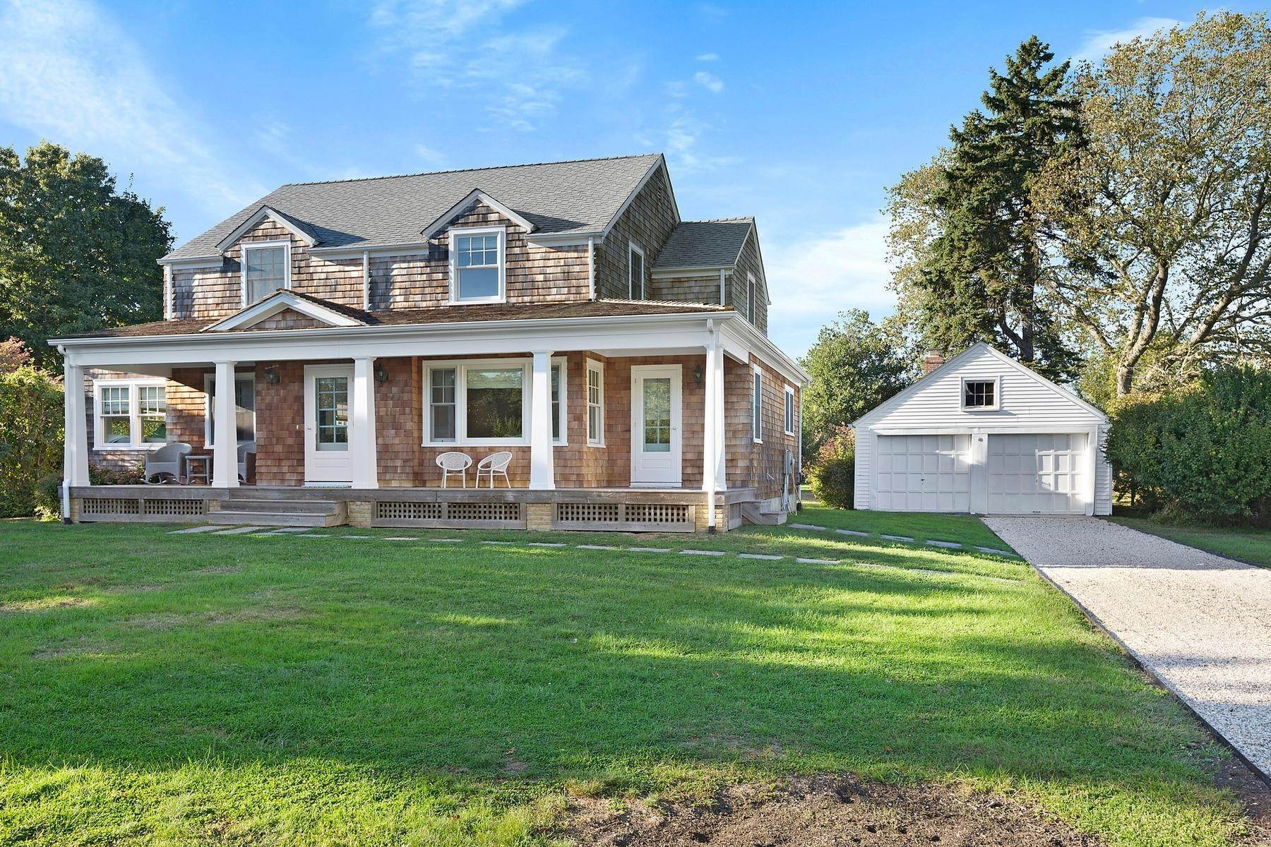 Single Family Home at Charming Montclair Colony Farmhouse Shelter Island Heights, NY 11964