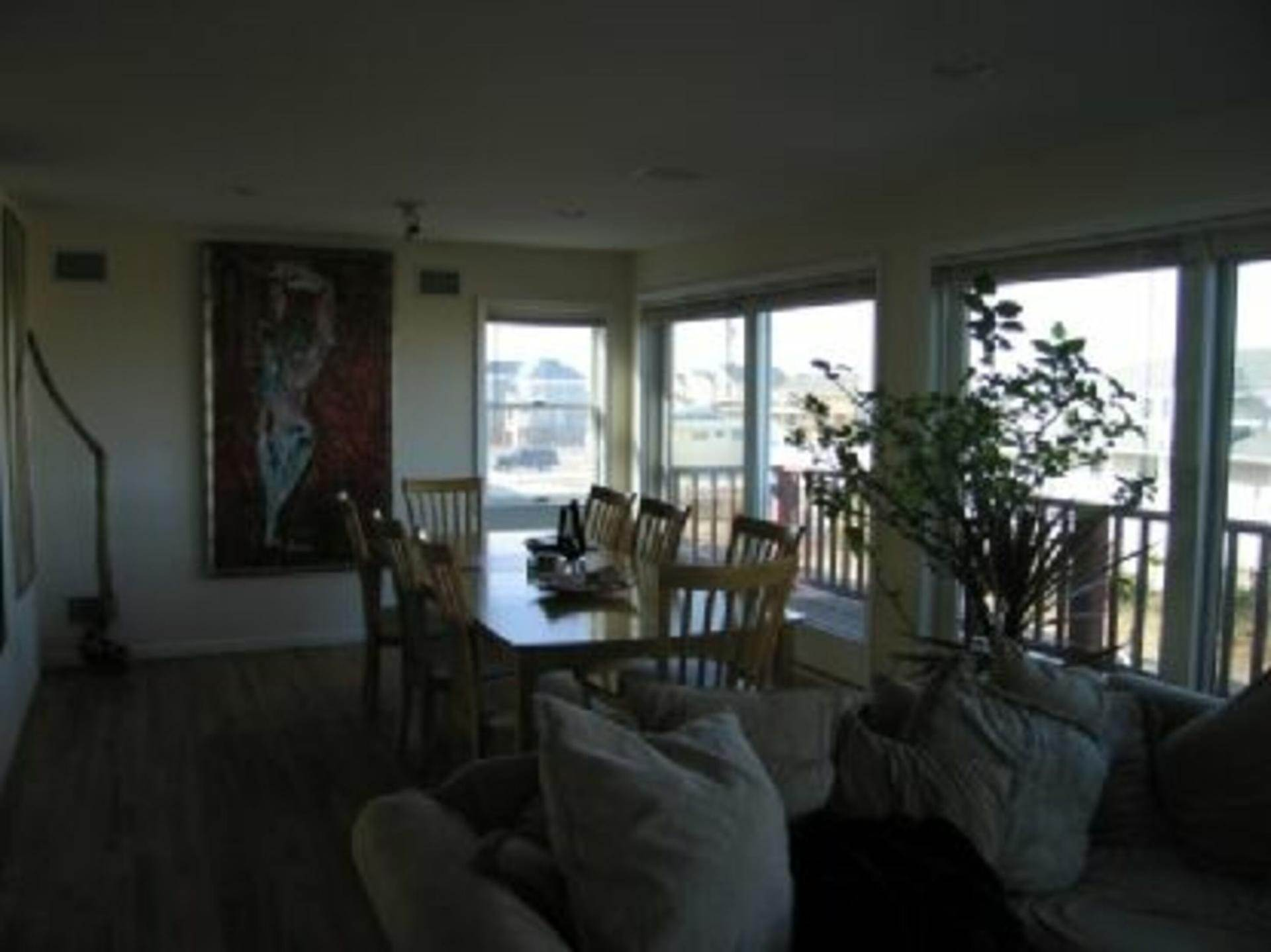 6. Single Family Home at Westhampton Dunes Oceanfront Westhampton Dunes Village, NY 11978