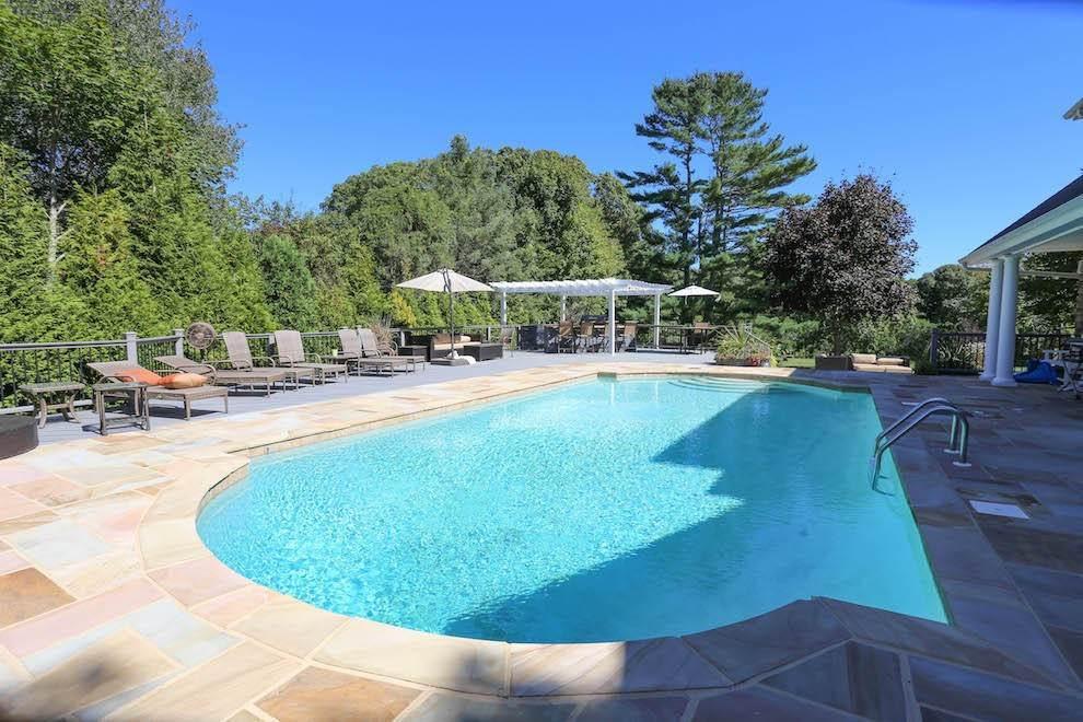 9. Single Family Home at Newly Renovated With Heated Pool And Outdoor Kitchen Southampton, NY 11968