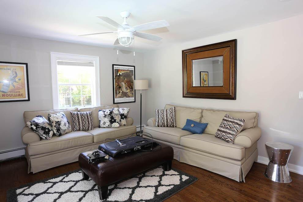 5. Single Family Home at Newly Renovated With Heated Pool And Outdoor Kitchen Southampton, NY 11968