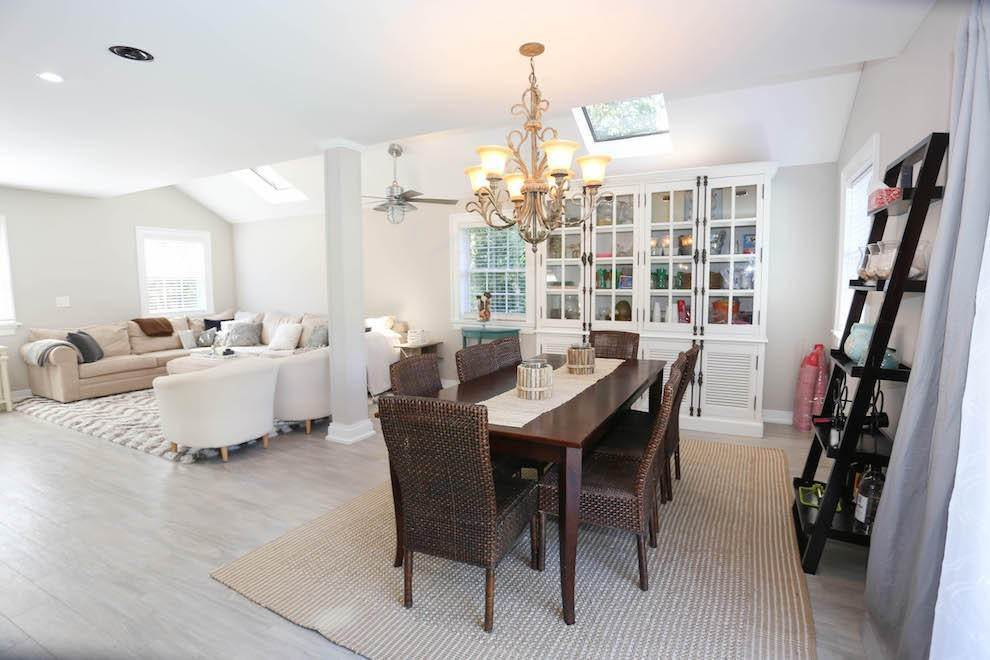 3. Single Family Home at Newly Renovated With Heated Pool And Outdoor Kitchen Southampton, NY 11968