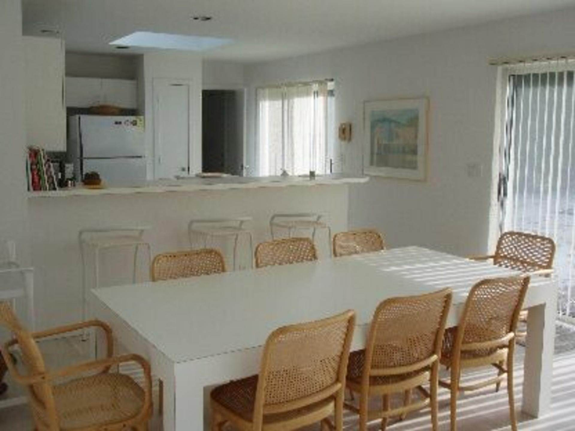3. Single Family Home at Lovely Quogue Contemporary Quogue Village, NY 11959