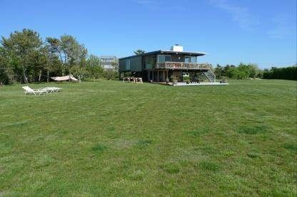 5. Single Family Home at Bridgehampton Waterfront Near The Ocean Bridgehampton, NY 11932