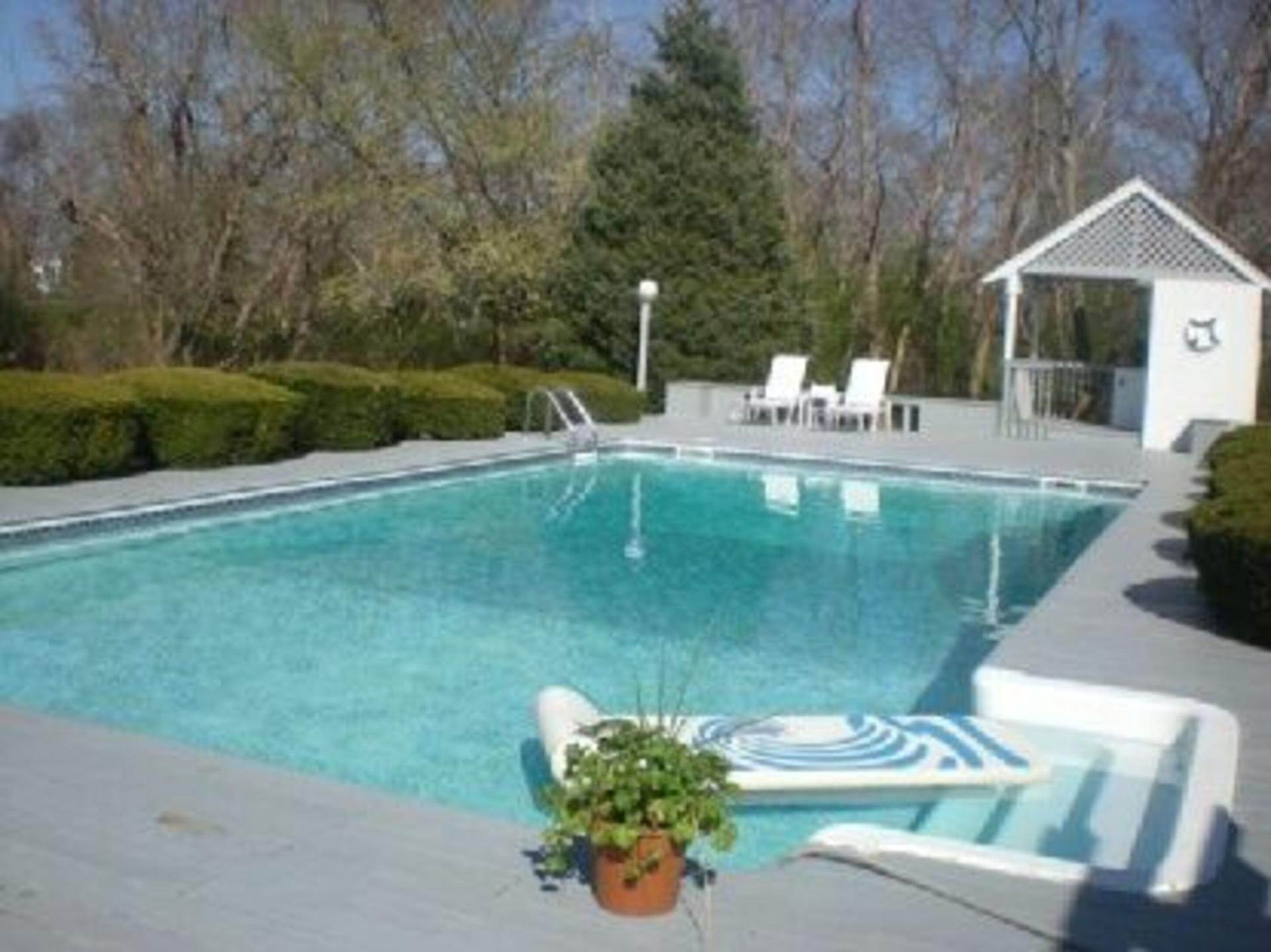 4. Single Family Home at Contemporary Cape In Remsenburg! Remsenburg, NY 11960