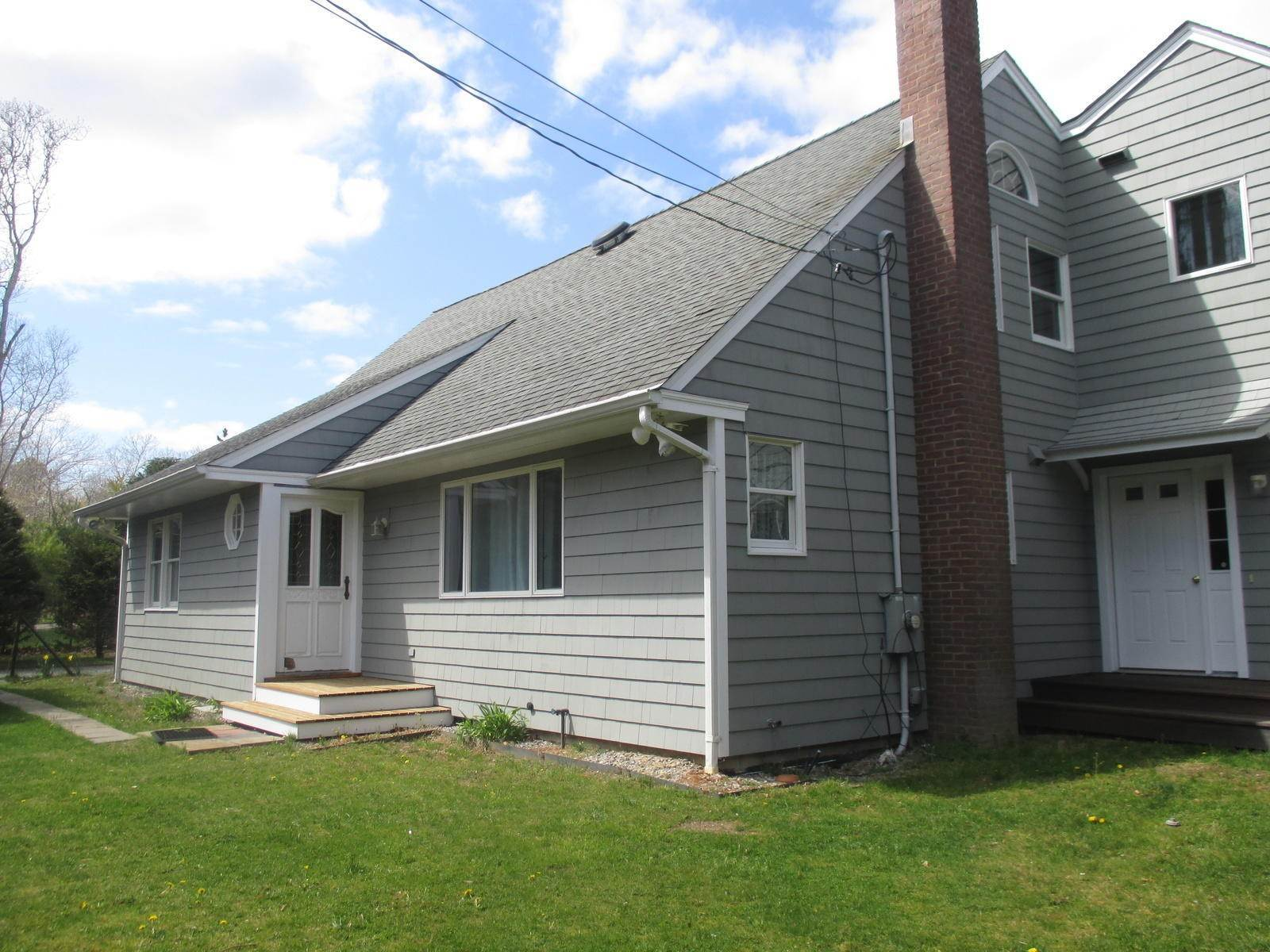 Single Family Home at Spacious Cape With Pool On Large Lot - Village Fringe East Hampton, NY 11937
